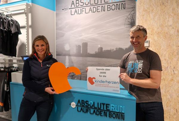 Laufladen Bonn Spendenübergabe